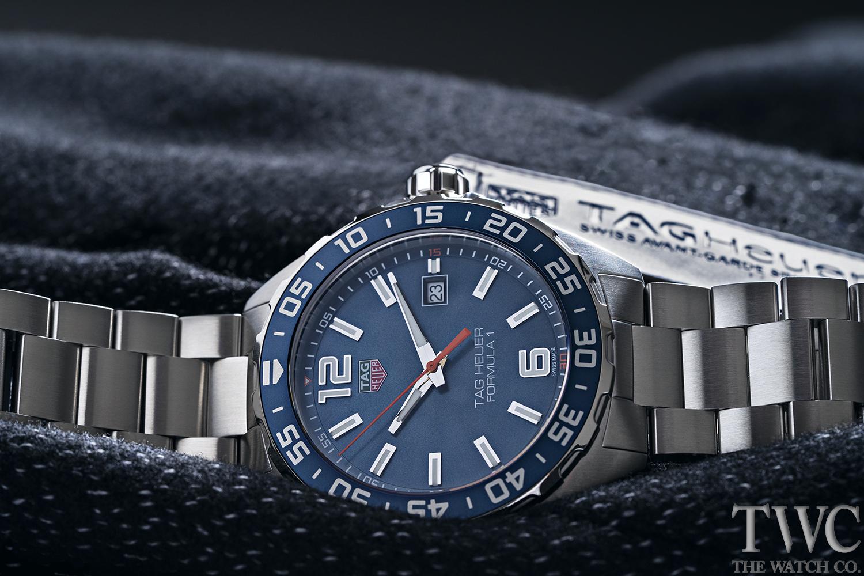 タグホイヤー、高級腕時計